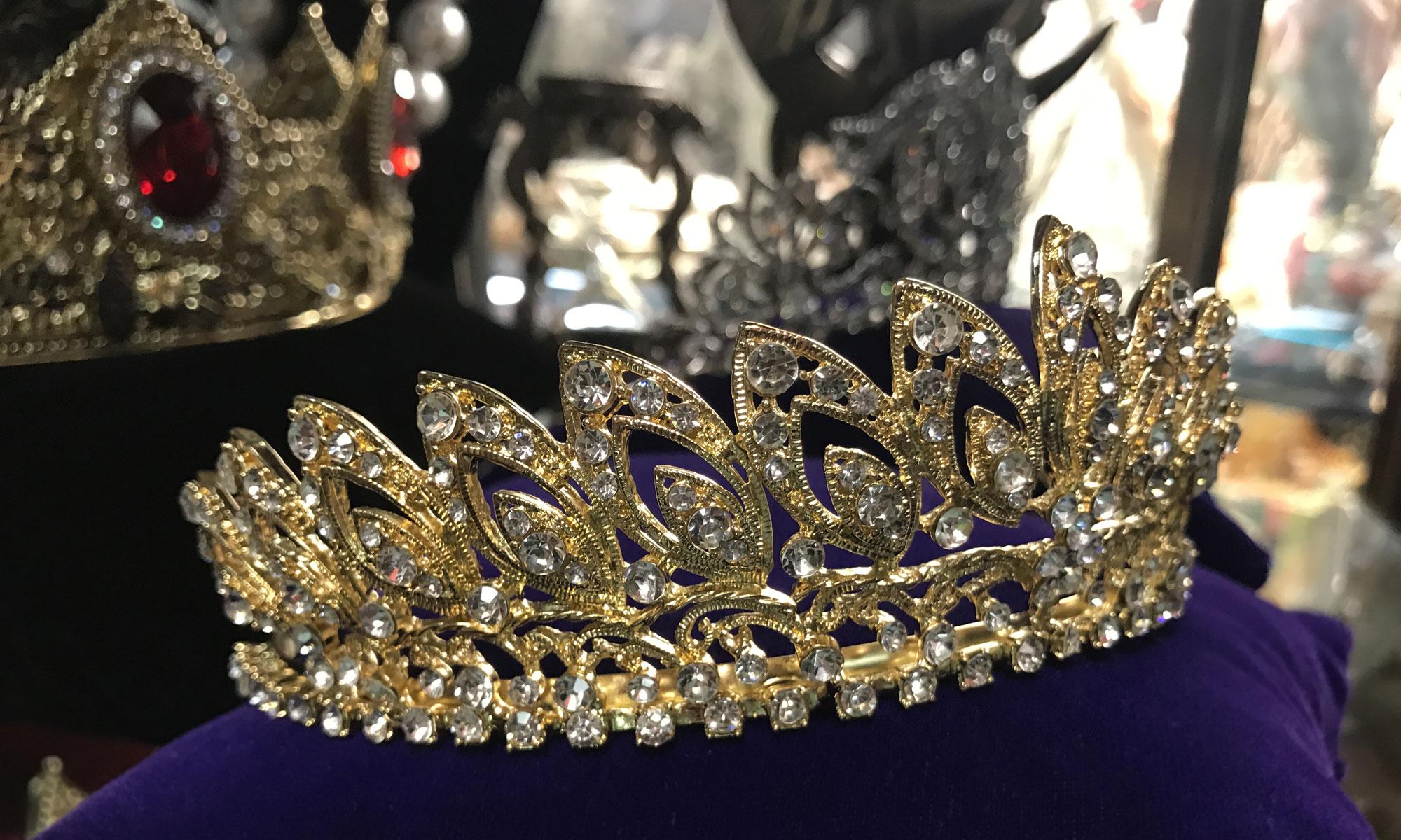Tiaras N Crowns